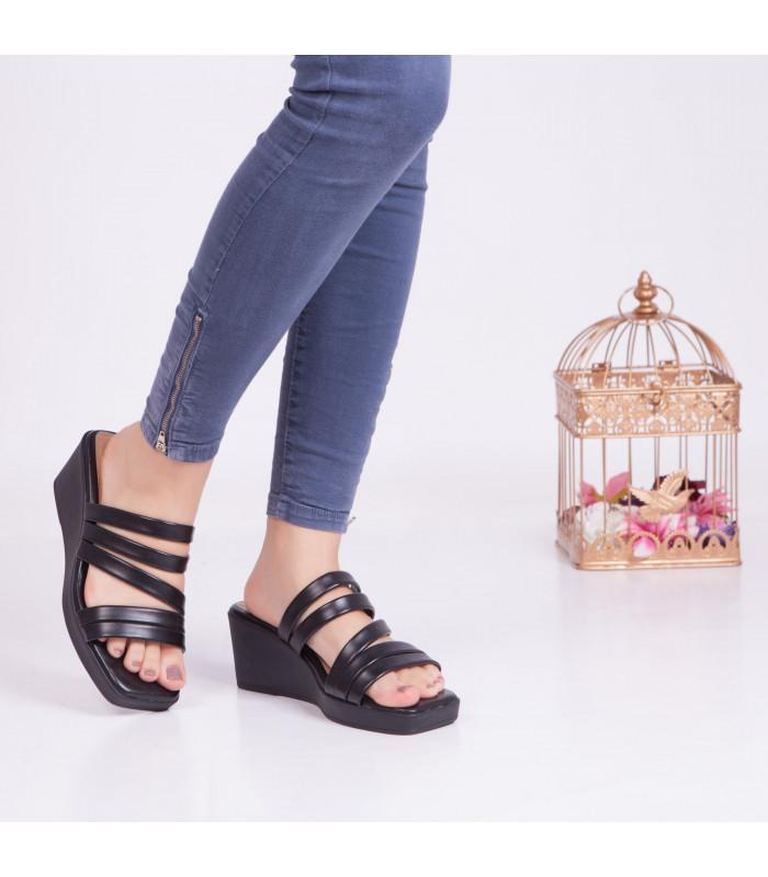 Sandale compensée Flora